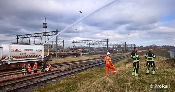 Vervoer gevaarlijke stoffen emplacement Waalhaven Zuid hervat
