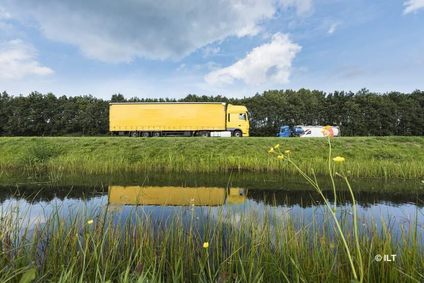 Meer inspecties ILT voor nieuwkomers wegtransport