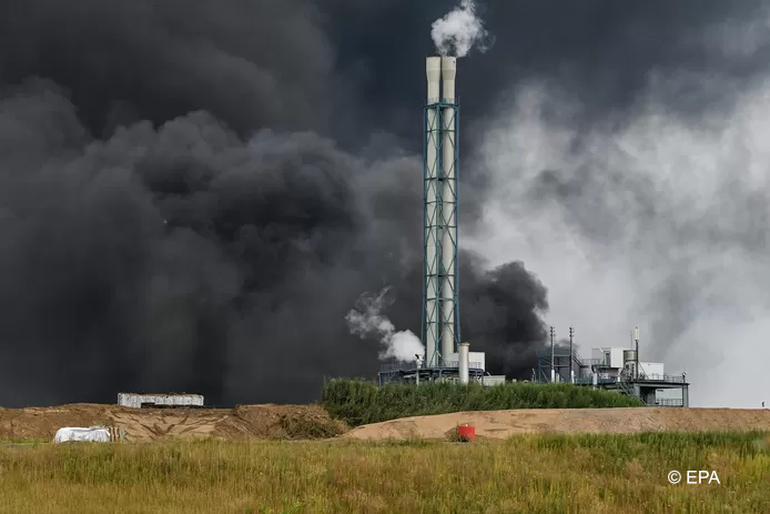 Dodelijke brand na explosie chemiepark Leverkusen
